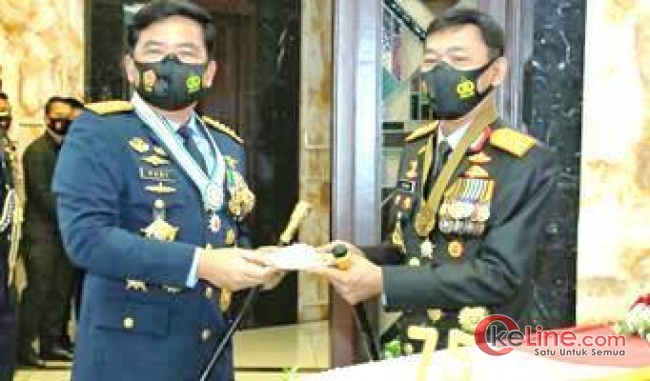 HUT Ke-75 TNI, Panglima TNI Dikejutkan Kunjungan Mendadak Kapolri