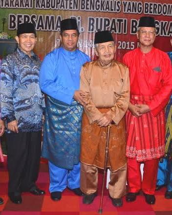 Menanti (Tuah Tangan) Guru Ngaji dan Penjaja Kue di Pilkada 2020 Negeri Junjungan
