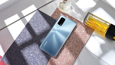 Realme 7 Pro Usung Slogan 65W Charging Evolution