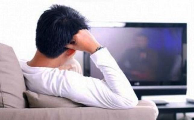 Kata Dokter Kalau Terlalu Sering Nonton Televisi Bisa Sakit jantung