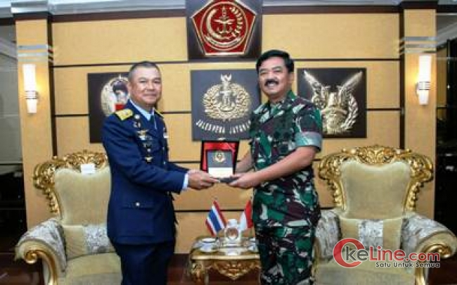 Kunjungan Kehormatan Commander In Chief of The Royal Thai Air Force Tahiland