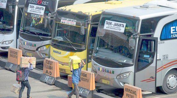 Cek Kesehatan di Terminal Kali Deres, 6 Sopir Bus Sakit