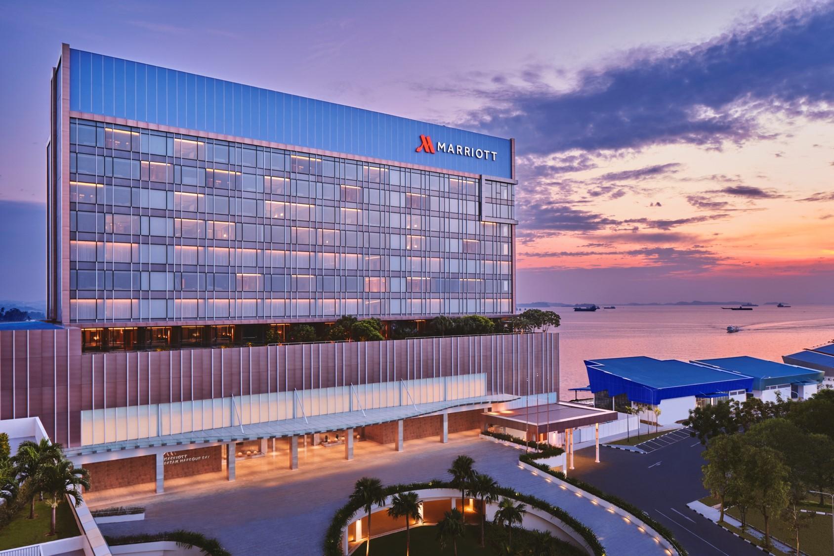 Hotel Bintang 5 Pertama di Batam Resmi Dibuka
