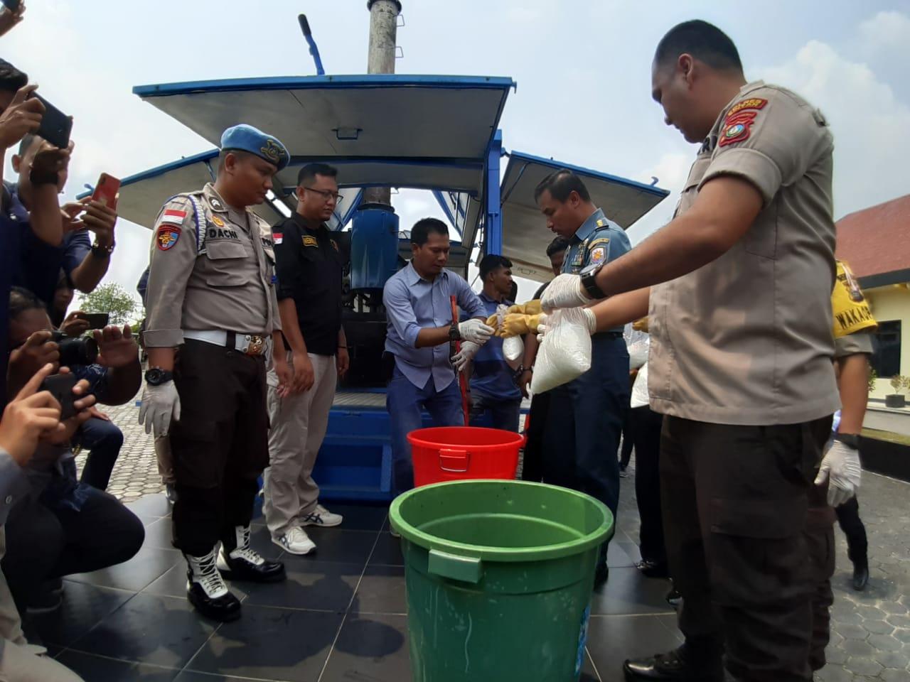 Polres Bintan Polda Kepri Musnakan Barang Bukti Narkotika Jenis Sabu Seberat 114,7 KG
