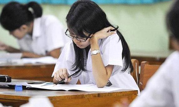 78.398 Siswa SMA Riau Peserta UN