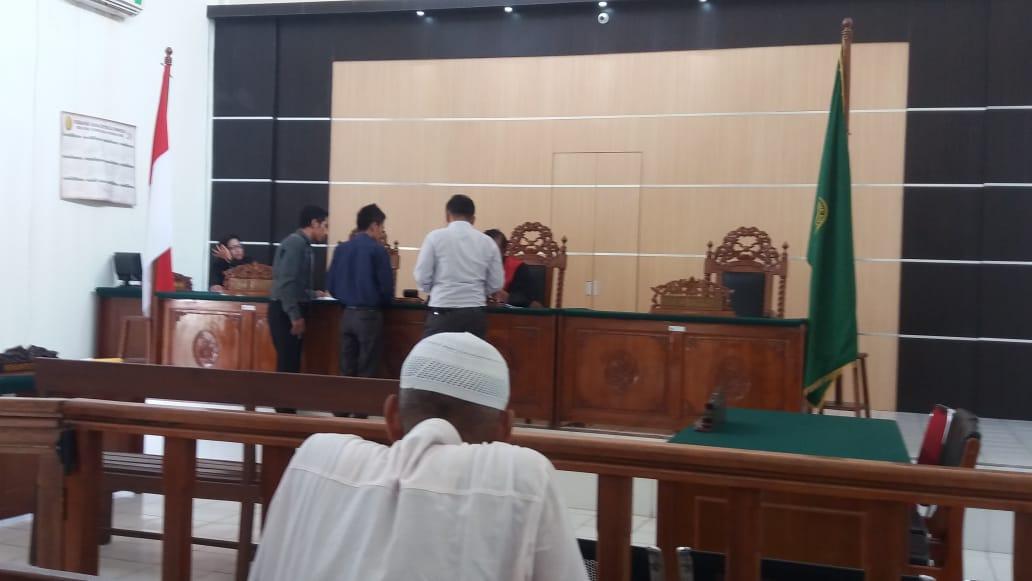 Sidang PK :  H. Syamsul  Serahkan Novum Kepada Hakim