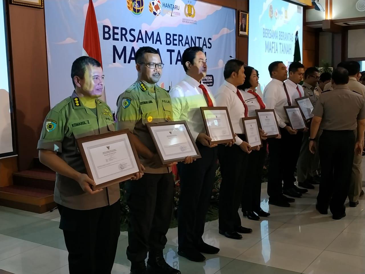 Polda Banten Terima Penghargaan dari Kementerian Agraria dan Tata Ruang/BPN