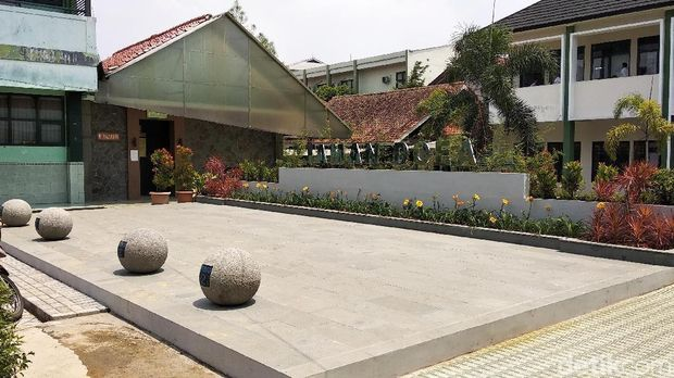 "Sekolah Minta Sumbangan Taman di Bandung Ditangkap, di Riau ""Aman Saja"""