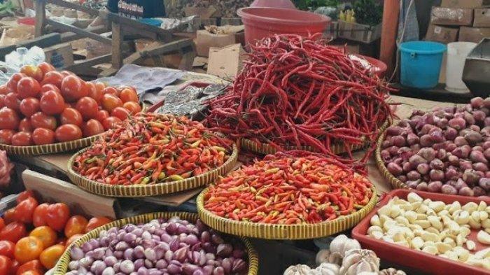 Bahan Pokok Naik. Harga Bawang Merah Tembus RP.35.000/KG