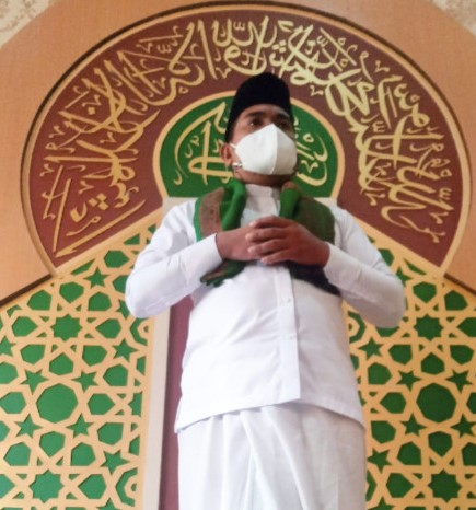 H. Zukri Laksanakan Sholat Idhul Adha 1442 H di Rumah Dinas