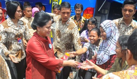 Guru PAUD Bujuk Iriana Jokowi