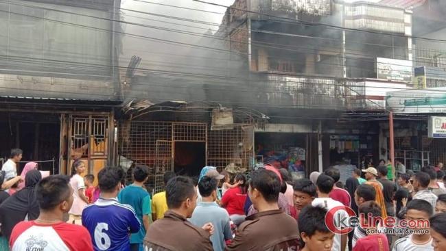 Pasar Simpang Padang Duri, Riau Kebakaran