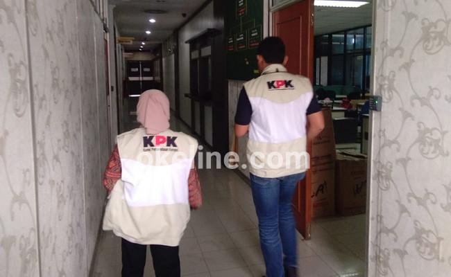 Heboh, KPK Geledah Beberapa Ruangan di Kantor Bupati Bengkalis