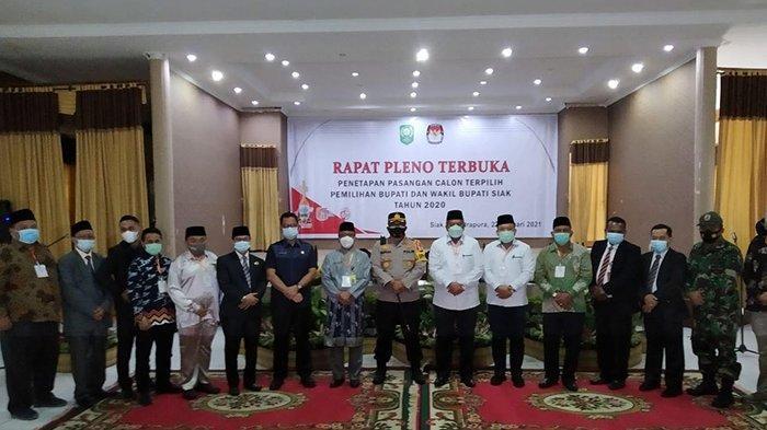 KPU Siak Tetapkan Alfedri - Husni, Pemenang Pilkada Siak 2020