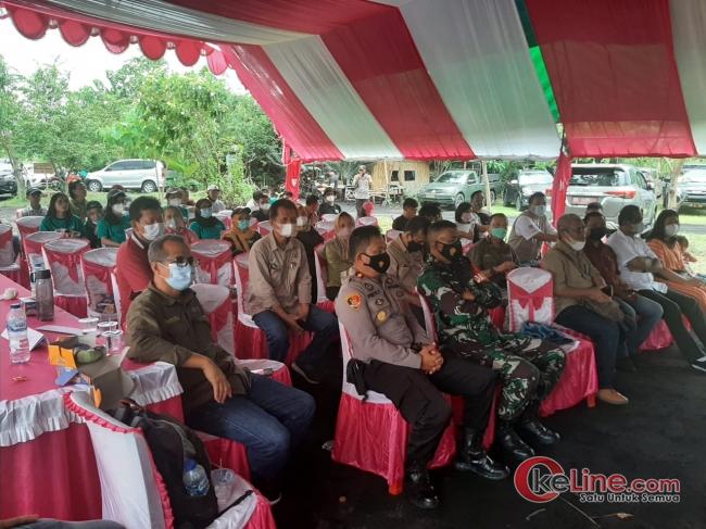 Kapolsek Aertembaga Kawal Ketat Kunjungan Komisi IV DPR-RI di Bitung