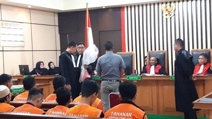 PN Jambi Jatuhi Hukuman 14 Bulan Kepada SAD dan SMB Terkait Penganiayaan Anggota TNI AD