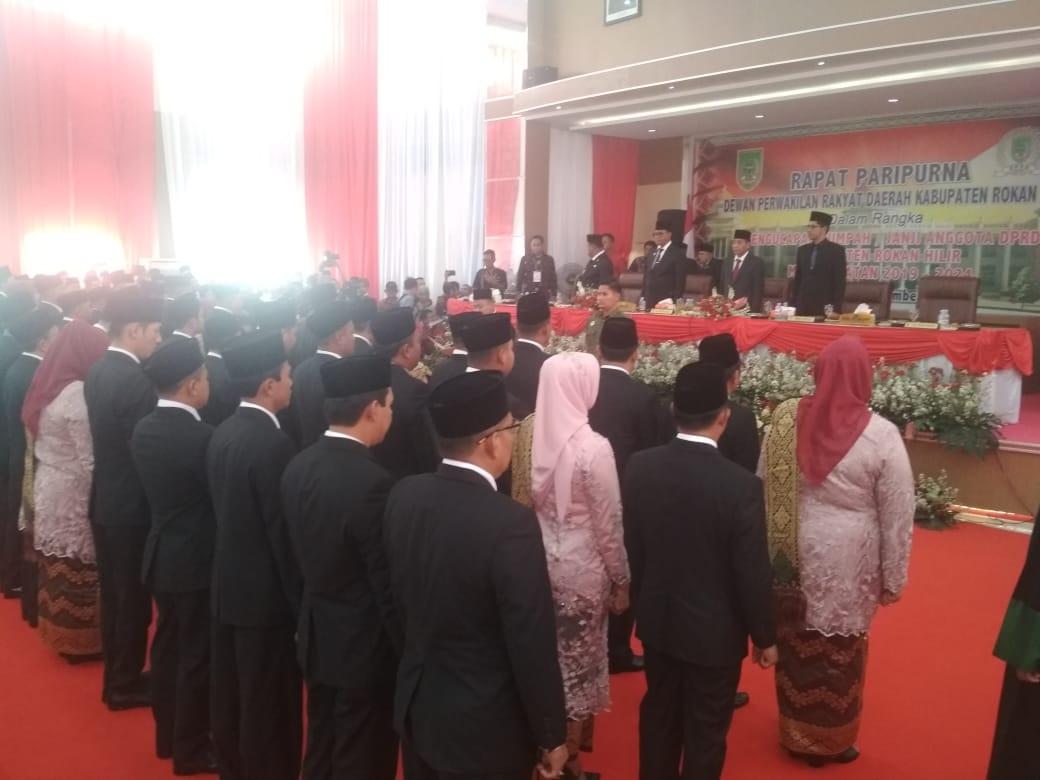 Pelantikan DPRD Rohil  Diwarnai Boikot Dari KPU Dan Bawaslu