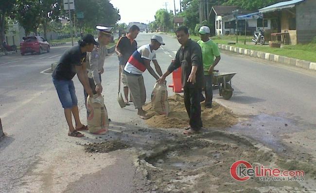 Reservase Jalan Lintas di Riau Dinilai Mubazir