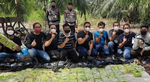 Polda Riau Disita 87 Kg Sabu dan Tangkap 7 Orang Jaringan Narkoba di Dumai