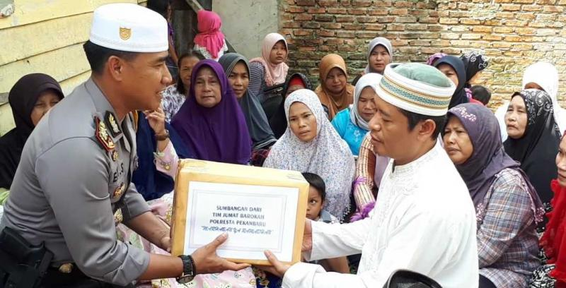 FPI  Dukung Program Jumat Barokah Kapolresta Pekanbaru.