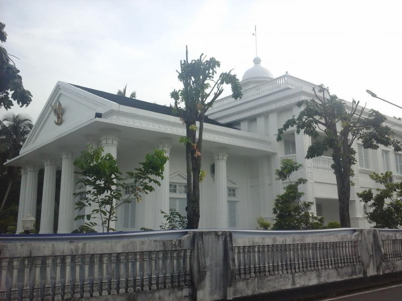 Baru PHO, Renovasi Rumah Dinas Bupati 20 M Retak. Kasi Intel; Silahkan Beritakan