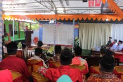 Komandan Tugas Yonif RK 136/TS Resmikan TPA di Maluku Tengah