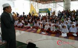 BazNas Salurkan Bantuan Pada Siswa Tingkat SD-SMP se Padang Pariaman