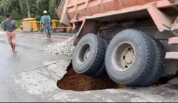 Akses Jalan Terputus, Pengendara ke Pelalawan Dihimbau Alihkan Jalan ke Langgam