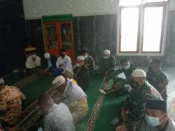 Satgas Yonif RK 751/VJS Memperingati Maulid Nabi Muhammad SAW