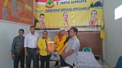 Bertekad Menjadi Energi Baru di Rohil, BCA Serahkan Formulir Balon Bupati ke Partai Berkarya.