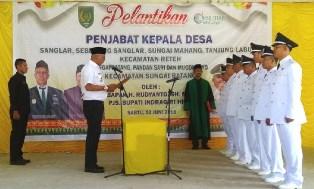 Pjs Bupati Inhil Lantik Penjabat Kepala Desa