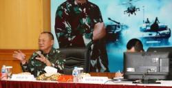 Kunjungi Pusat Penerangan TNI, Letjen TNI Ganip Warsito: Kita Akan Perkuat Pesonil Tiga Angkatan