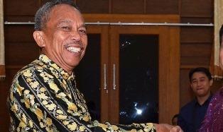 DPRD Riau Lepas Jenazah Rosfian Dengan Haru