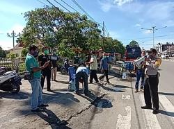 Wartawan, LSM dan Binmas Polres Rohul Ajak Masyarakat Putus Mata Rantai Covid-19