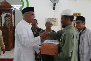 Pjs Bupati Inhil Kunjungi Masjid di Sungai Batang dan Reteh