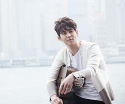 Artis Korea Sekaligus Mantan Vokalis Band Rock Korea Juarai Kompetisi Dangdut