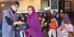 KCP Bank Mega Pangkalan Kerinci Berbagi Paket Sembako