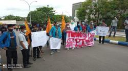 Presiden Jokowi Dituntut Mahasiswa PMII Segera Gantikan Dirut PT Timah Tbk