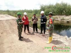Danramil 03/Bunut Pantau Kanal di Areal Rawan Kebakaran Lahan
