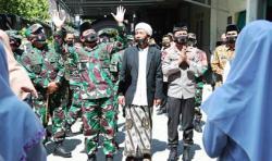 Panglima TNI dan Kapolri Kunjungi Ponpes Subulul Huda Kembangsawit