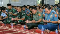 Markas Besar TNI Gelar Acara Ceramah Rohani