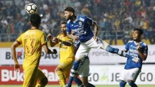 Saksikan Perjuangan Persib Bandung VS Mitra Kukar