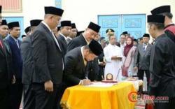 Usai Dilantik, Adi Sukemi ST Ketua Sementara DPRD Pelalawan