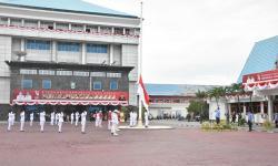 Penurunan Bendera Pusaka Merah Putih HUT RI Ke-76 Berlangsung Khidmat
