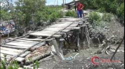 Puluhan Tahun Jembatan Desa Tak Tersentuh Pembangunan, Warga Desa Pematang Sei Baru Protes