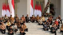 Setelah Melantik Kabinet Baru. Jokowi Meminta Maaf Tak Bisa Akomodir Semua Pihak