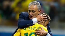 Pelatih Timnas Brasil Tanggapi Teka - Teki Rumor Transfer Neymar