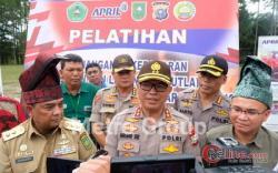 Pin Emas Kapolda Riau Masih Siap Bagi Pahlawan Karhutla