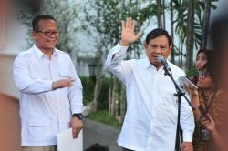 Menanti Kabinet Baru. Presiden Jokowi Panggil Prabowo Subianto dan Tokoh Lain ke Istana