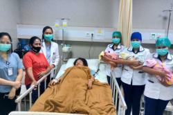 Perjuangan Seorang Ibu di Kupang Melahirkan 3 Bayi Kembar, Suami Menghilang Tanpa Kabar